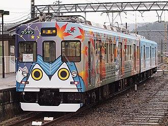 Iga Railway Iga Line - Image: Iga Tetsudou 200Series 03