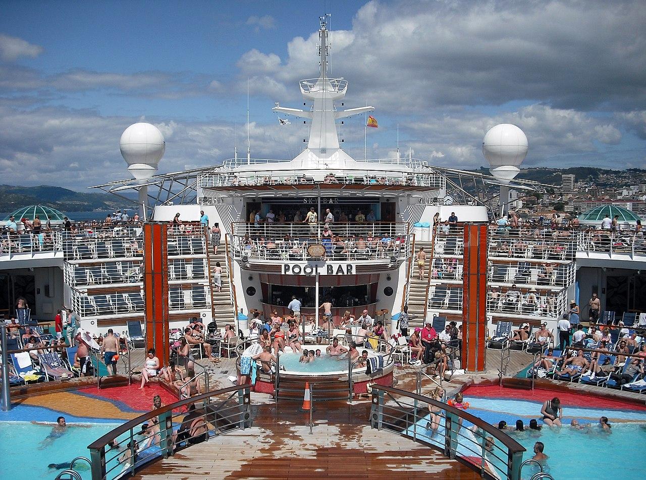 File Independence Of The Seas Pool Bar At Vigo Spain Jpg Wikipedia