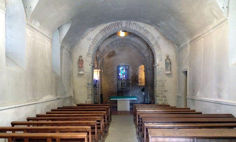 Intérieur de l'église de l'Assomption de Charnoz-sur-Ain.