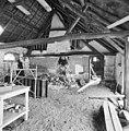 Interieur, overzicht houten kapconstructie, tijdens verbouwing - Dinther - 20336445 - RCE.jpg