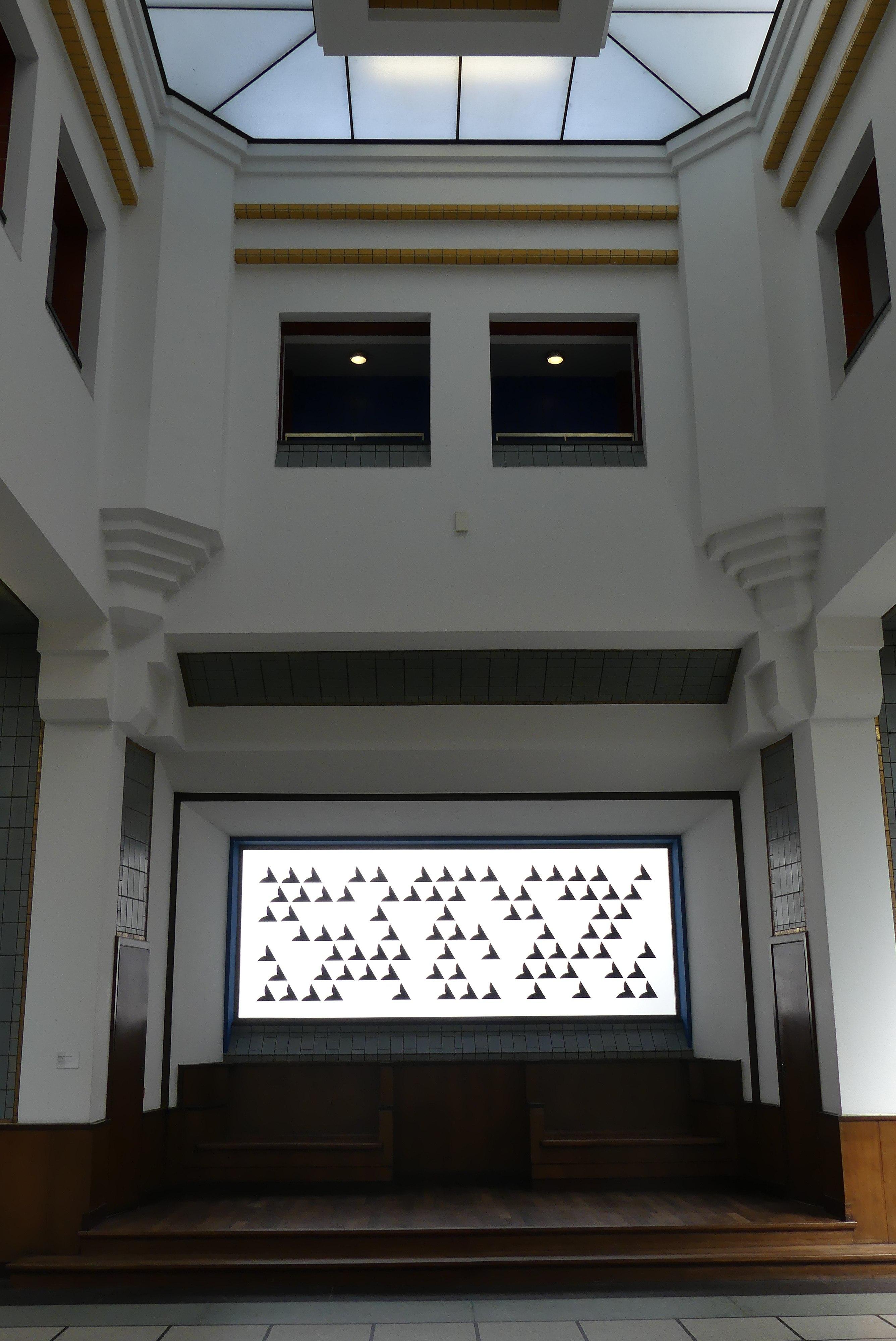 File:Interieur Gemeentemuseum Den Haag P1040976.jpg - Wikimedia Commons