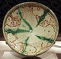Iran, bacile con leonessa, xii-xiii secolo.jpg