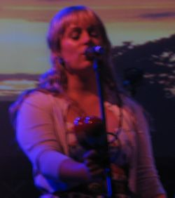 Isobel Campbell at Summer Sundae 2006.JPG