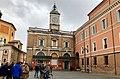 Italie, Ravenne, Piazza del Popolo, Banca Di Romagna, Palazzo Rasponi dal Sale et l'horloge (48087104257).jpg