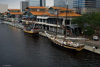 Jacksonville Riverwalks - A section of Jacksonville's Riverwalk along the St. Johns River and Jacksonville Landing