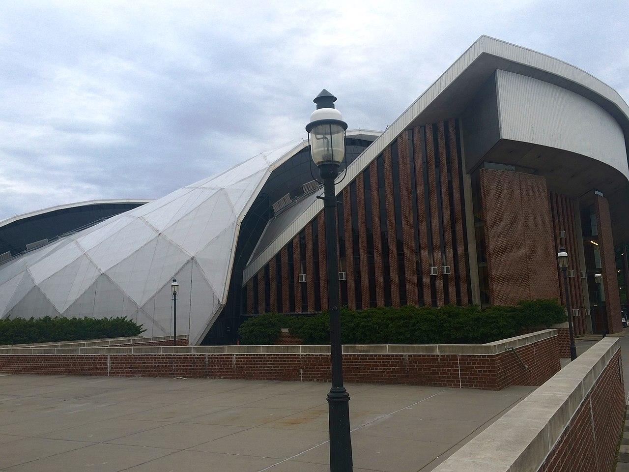 1280px-Jadwin_Gymnasium.jpg
