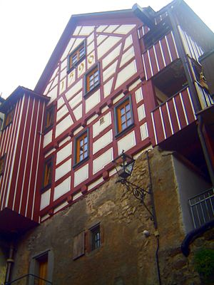German Timber-Frame Road - Image: Jaegerhaeusle (Hunters house ) in Schiltach built on the town wall