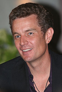 Description de l'image  James Marsters DragonCon 2007-1.jpg.