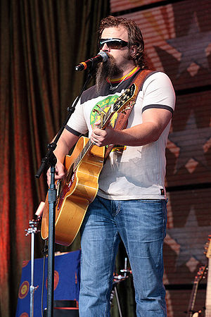 Jamey Johnson - Johnson performing in 2008