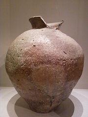 Shigaraki ware storage jar