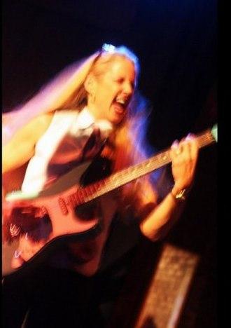 Jeanie Cunningham -  Jeanie JaeCie Cunningham performing in 2009