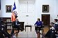 Jefa de Estado se reúne con el presidente del Comité de Basilea (30493949063).jpg