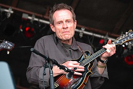 Jones playing mandolin in 2007 John Paul Jones.jpg
