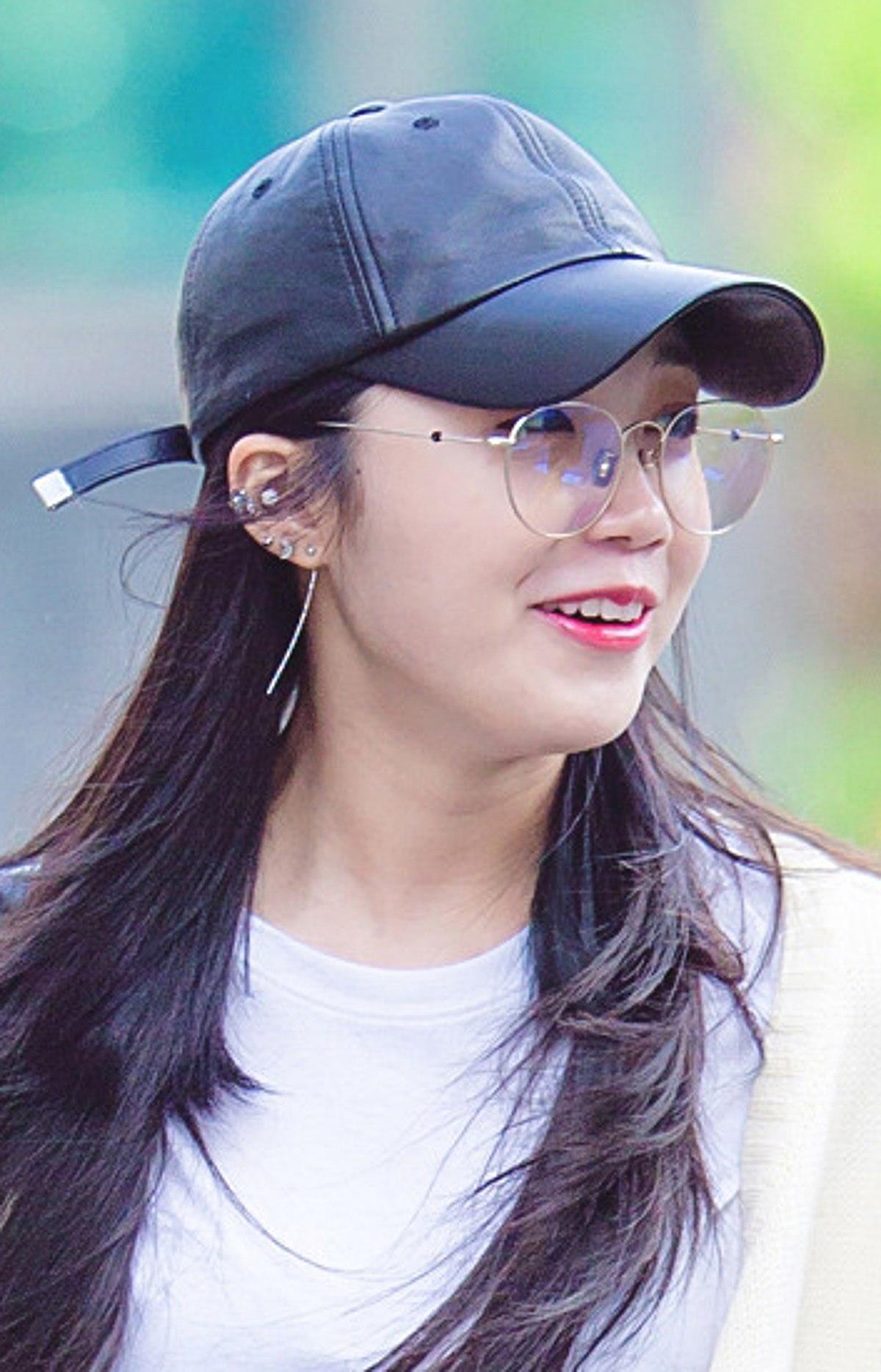 So Ji Sub Confirmed To Be Dating Jo Eun Jung