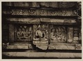 KITLV 40042 - Kassian Céphas - Reliefs on the terrace of the Shiva temple of Prambanan near Yogyakarta - 1889-1890.tif