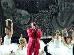 Runaway (Kanye West song) - Wikipedia cdeb34196