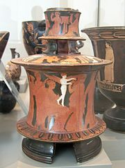 Kerch style double pyxis Antikensammlung Berlin V.I. 3373 (1).jpg