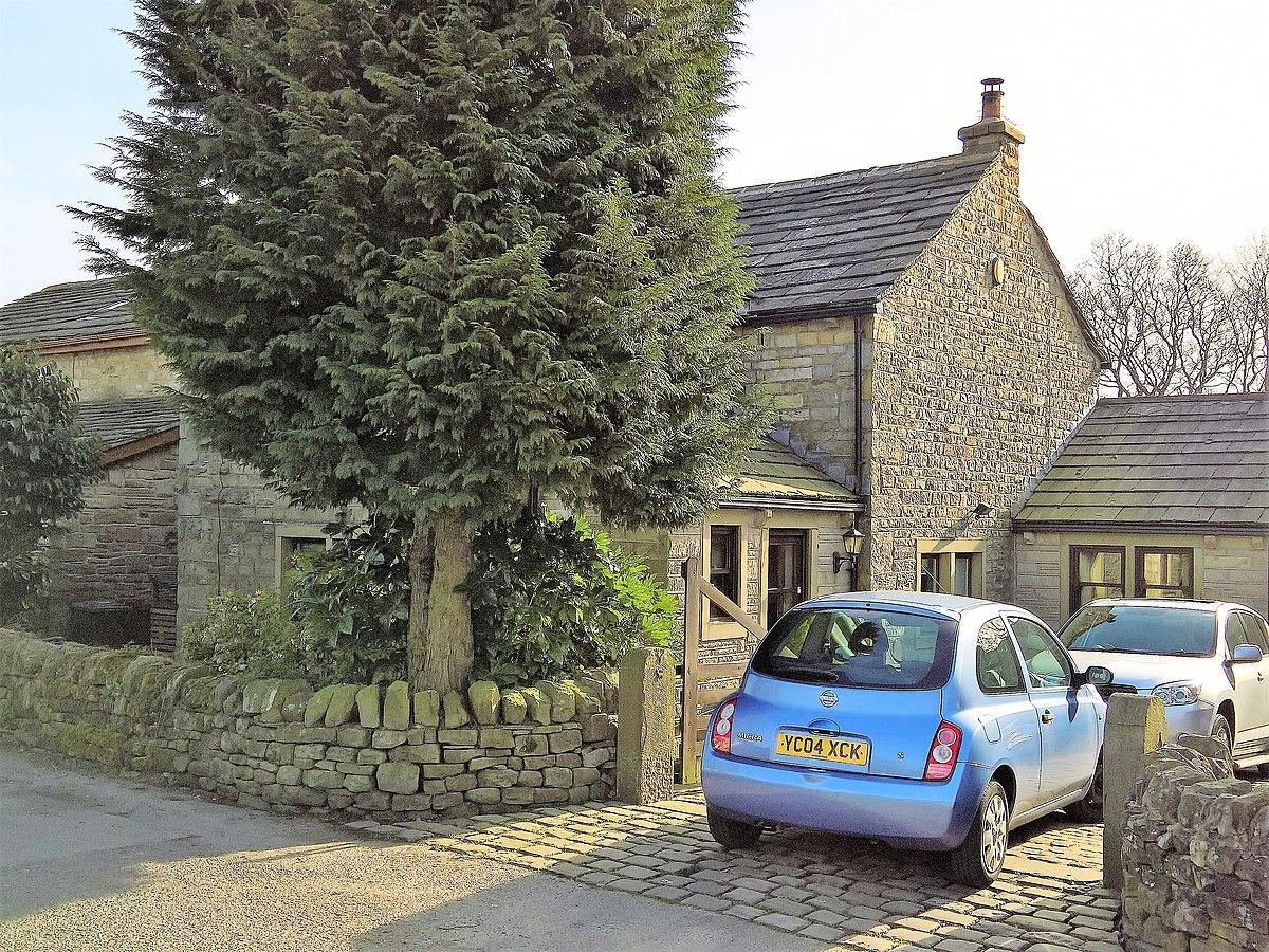 Kibble Bank Farmhouse, Burnley.jpg
