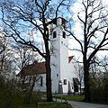 Kirche St. Raphael in München-Hartmannshofen.jpg