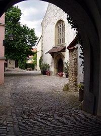KirchenburgKleinlangheim.JPG
