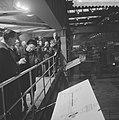 Koningin Juliana en prins Bernhard brengen een bezoek aan de Hoogovens te IJmuid, Bestanddeelnr 917-1466.jpg