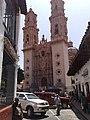 La bella iglesia de Taxco - panoramio.jpg
