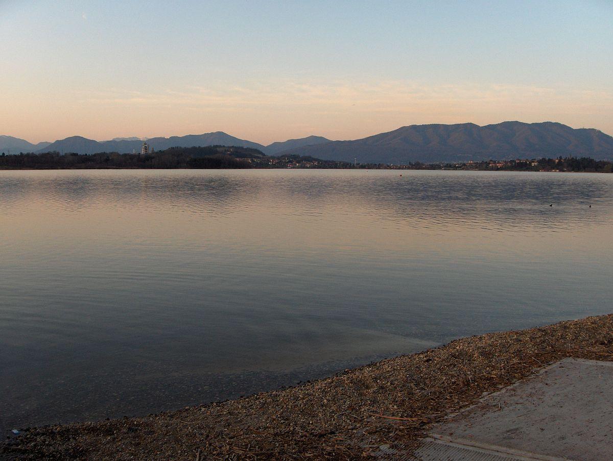 Lago di comabbio wikipedia for Lago n