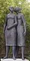 Lagoa Henriques O segredo bronze 175 cm.jpg