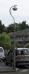 Lanterna kolono en Tower Road, la Parko de Queen, Brajtono (IoE Code 481375).jpg