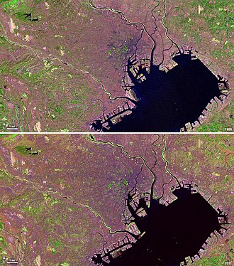 Satellite photo of Tokyo in 1989 and 2011 taken by NASA's Landsat 4 and Landsat 5 Landsat View, Tokyo, Japan - Flickr - NASA Goddard Photo and Video.jpg
