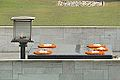 Le Raj Ghat (New Delhi) (8480539780).jpg