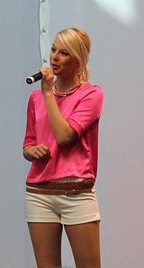 Linda Fäh.JPG
