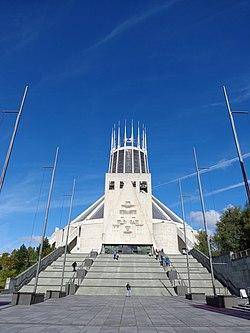 Liverpool Metropolitan Cathedral 02.jpg