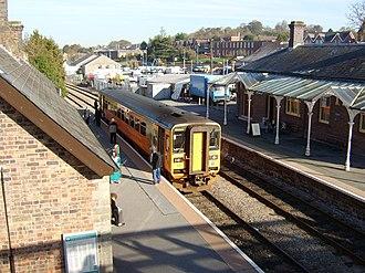 Llandrindod railway station - Llandrindod railway station: a Swansea–Shrewsbury train calls on 3 November 2006