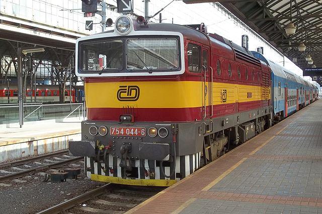 Lokomotiva 754 Praha.JPG