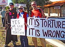 Protest gegen US-Politik zu Folter