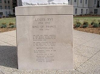 Louisville Metro Hall - Image: Louis XVI JCC pedestal