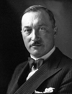 Lucien Bossoutrot 1932.jpg