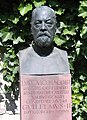 Ludwig.Jacobi.Bust.01.jpg
