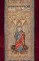 MCC-19207 Rood kazuifel met verrijzenis, geboorte Christus, diverse heiligen en wapens (7).tif