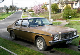 MHV Holden HZ Kingswood SL 1977-1980 01.jpg