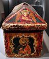 Maestro espressionista di santa chiara, cofanetto-reliquiario, 1315-20 ca. 03.jpg