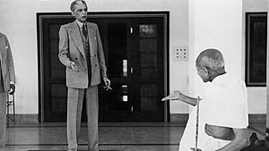 India–Pakistan relations - Jinnah and Gandhi engaged in a heated conversation. A well-known photograph recently attributed to Kulwant Roy.