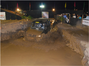 Mahindra Bolero Jeeps getting messy at APS 200...