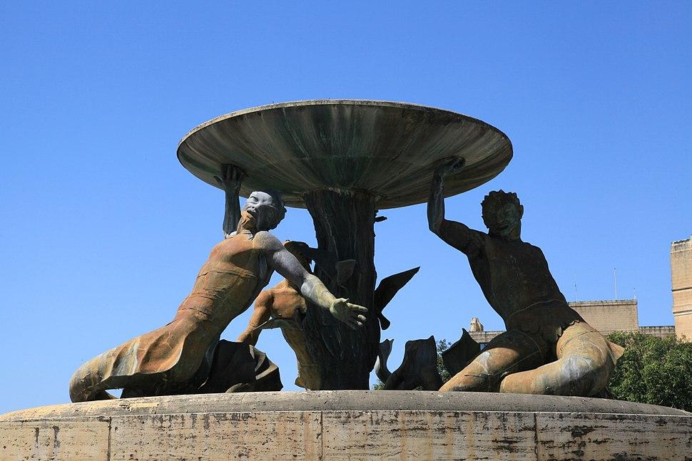 Malta - Valletta - Vjal Nelson - Triton Fountain 14 ies