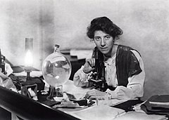 Marie Stopes in her laboratory, 1904 - Restoration.jpg