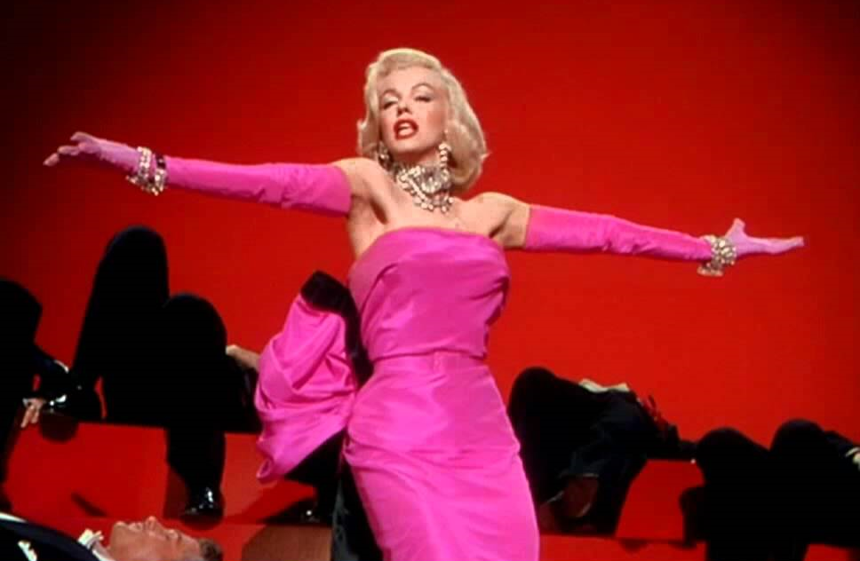 Marilyn Monroe in Gentlemen Prefer Blondes trailer1