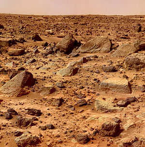 Mars surface color - Rock-strewn surface imaged by Mars Pathfinder (July 4, 1997).