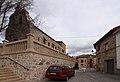 Mazarete, Iglesia Parroquial y Casa Consistorial.jpg