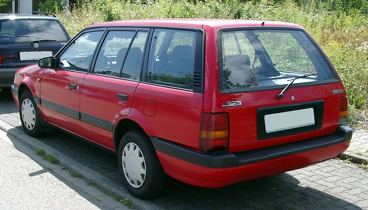 Mazda 323 kombi
